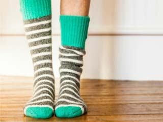 How to get rid of those sweaty and smelly <strong>feet</strong>