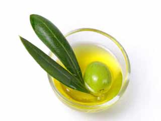 Dangers of using olive oil on your skin