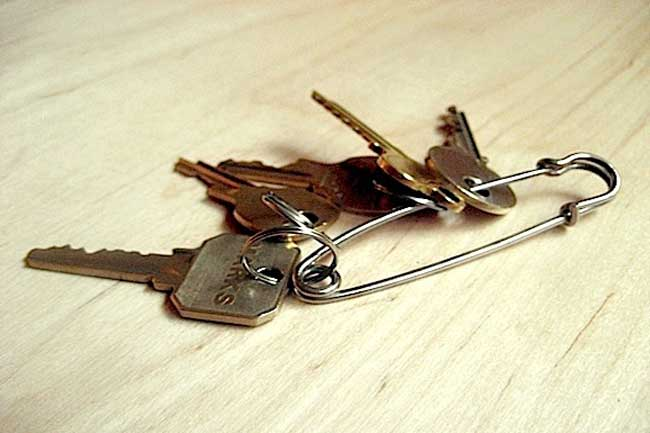 Safety pin can be used like a fancy key chain