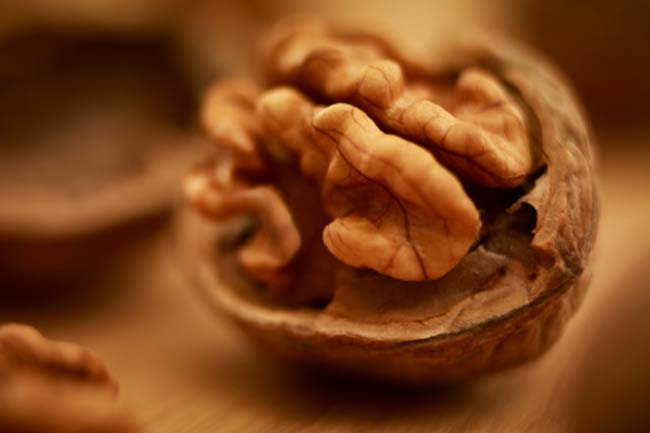 Nuts to reduce dementia risk