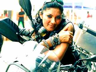 Shocking road accident: Famous <strong>lady</strong> biker Veenu Paliwal died in Vidisha