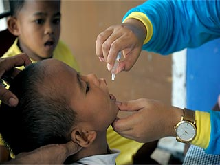 Polio may come to an end by switching to this new <strong>vaccine</strong>
