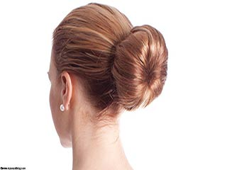 Easy summer hairstyle top knot