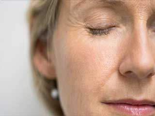 Causes and risk factors that are giving your <strong>wrinkles</strong>