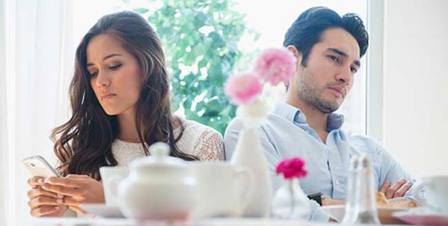 8 Reasons why smart and intelligent people have trouble finding love