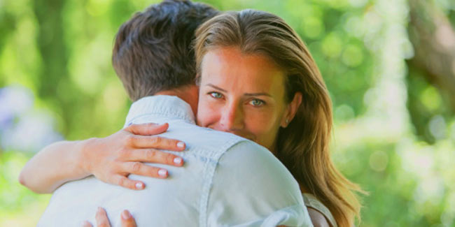 Different types of hugs and their meaning | Mind Body
