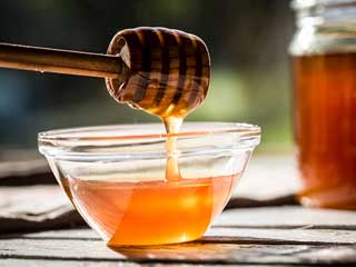 The <strong>healing</strong> powers of honey you were not aware of