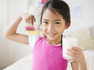 Kids who <strong>eat</strong> veggies are just as likely to <strong>eat</strong> junk