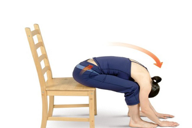 5 Yoga Poses That Seniors Can Do In A Chair