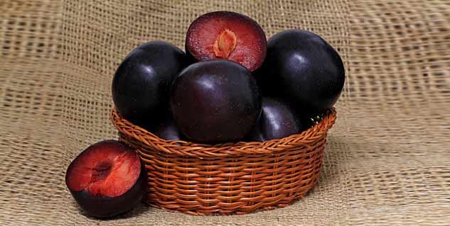 black plum vinegar