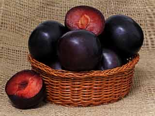 How to make black plum vinegar at home