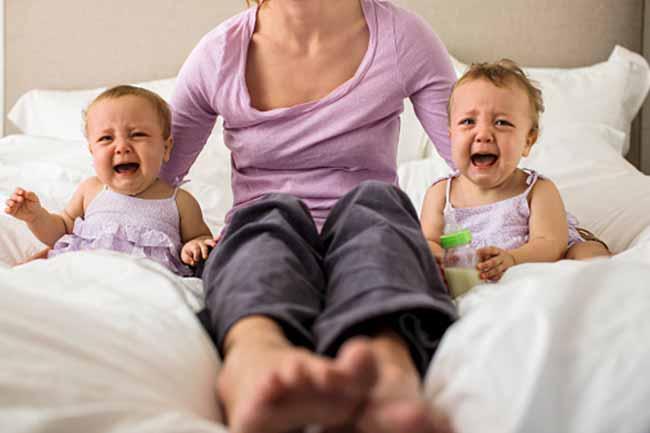 Image result for जुड़वा बच्चों के निकले अलग अलग बाप