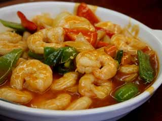 How to make delicious Goan prawn chili fry at home