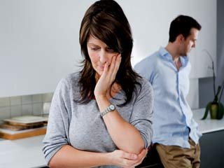 Emotional stages a divorced <strong>couple</strong> goes through