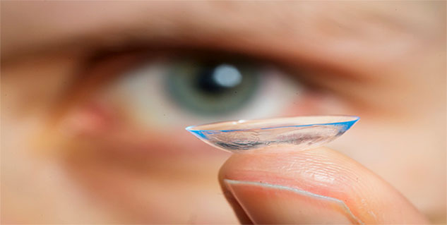 Contact Lenses in hindi