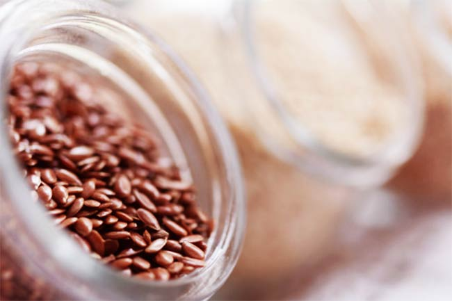 Flaxseeds for endometriosis