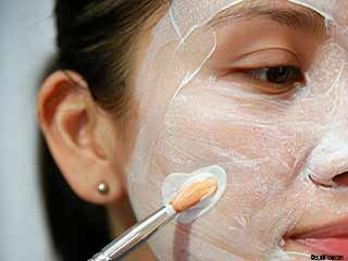 Top home remedies for oily skin