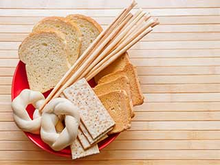 Untold myths you must know about food with carbs