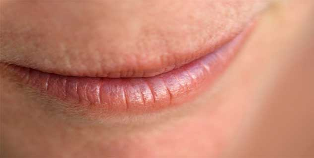 craked lips in hindi