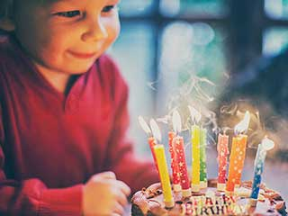 Know about the interesting custom of blowing off <strong>birthday</strong> candles