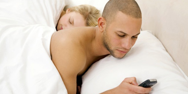 Signs Your Partner is Sleeping With Someone Else