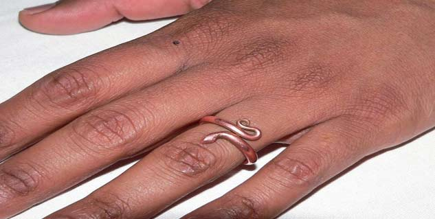 copper ring in hindi