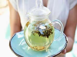 Drink green tea to minimise the side <strong>effect</strong> of anti-cancer drugs
