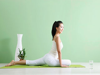 Want to Gain Weight? Try these Effective <strong>Yoga</strong> Poses