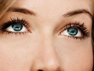 Have beautiful and healthy <strong>eyes</strong> with these 6 exercises