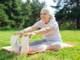Smart tips for seniors to lose weight easily yet quickly