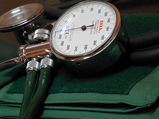 Suffering from high blood pressure? Know <strong>your</strong> risk factors!