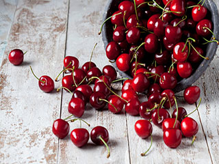 Reasons why you should eat more cherries