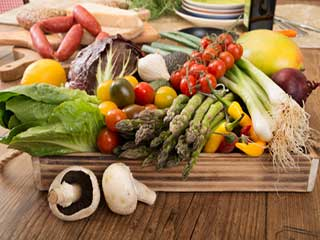 Mediterranean diet may slow brain shrinkage in older persons