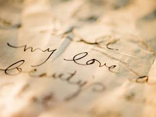 <strong>Learn</strong> the art of writing a love letter