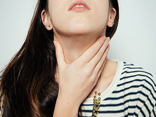 Effective <strong>natural</strong> <strong>remedies</strong> for throat pain