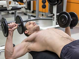 5 Most Effective <strong>Weight</strong> <strong>Gain</strong> Exercises that <strong>Men</strong> Must Try
