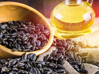 7 Reasons why sunflower oil is healthy