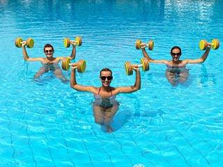 These 10 <strong>minute</strong> water workouts can help you have a toned body