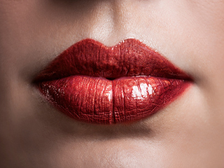 Want to get rid of dark skin around the lips? Try these natural remedies
