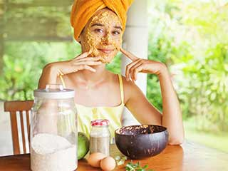 Want a glowing skin? Try these miraculous beauty masks