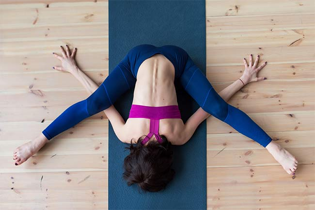 How to do Kurmasana?