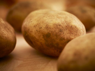How to tell if a potato is safe enough to <strong>eat</strong>