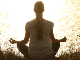 Yoga helps to reduce the depression <strong>effectively</strong>, says a new study.