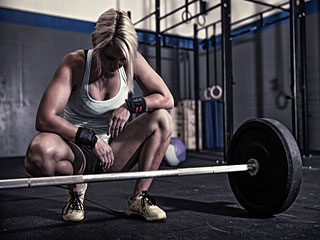Women and <strong>heavy</strong> weight <strong>lifting</strong>: Pros and cons