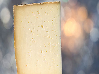 Reason why women should really avoid soft <strong>cheese</strong> during pregnancy
