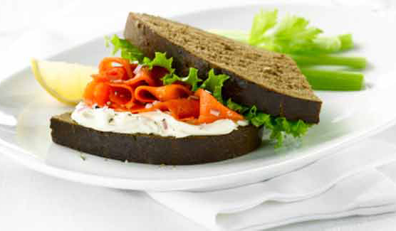 Delicious sandwich recipes under 300 calories