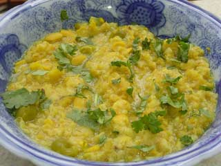 4 Surprising Health <strong>Benefits</strong> of Eating Khichdi