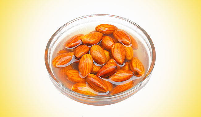 Benefits of eating soaked almonds over raw almonds