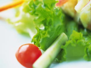Pros and Cons of Raw Food Diet