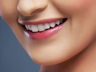 What to <strong>eat</strong> to get a pearly white smile